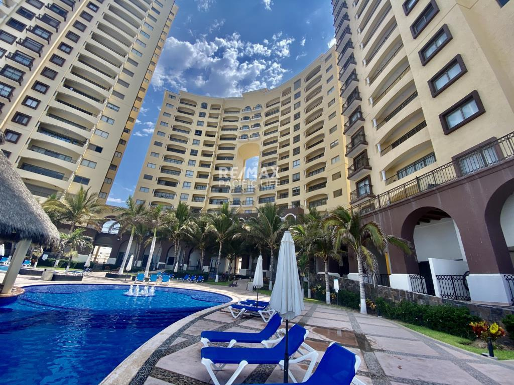 Condominium for Rent at Gavias Grand