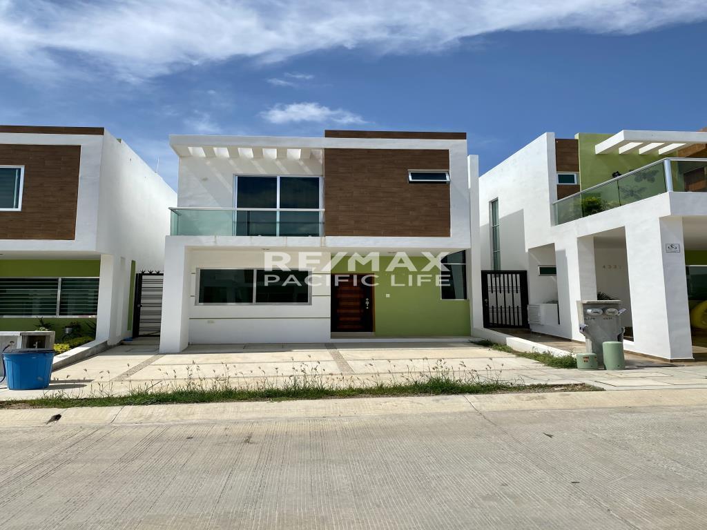 Casa en renta en Colinas Del Valle