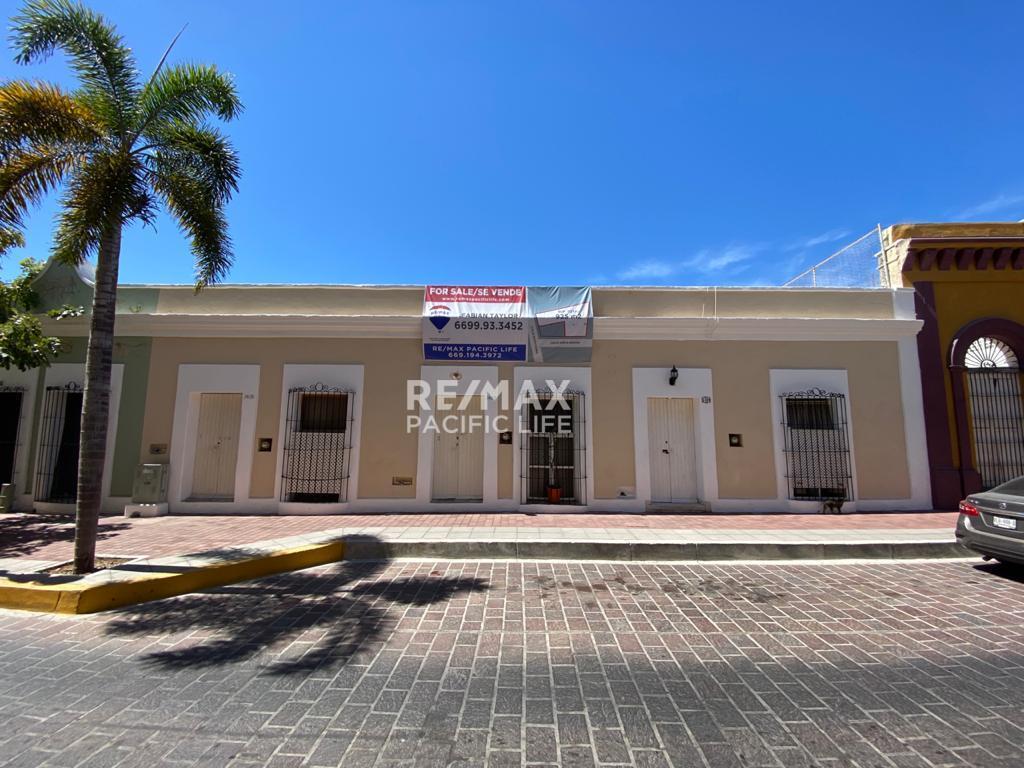 Casa en Venta en El Centro Historico de Mazatlan