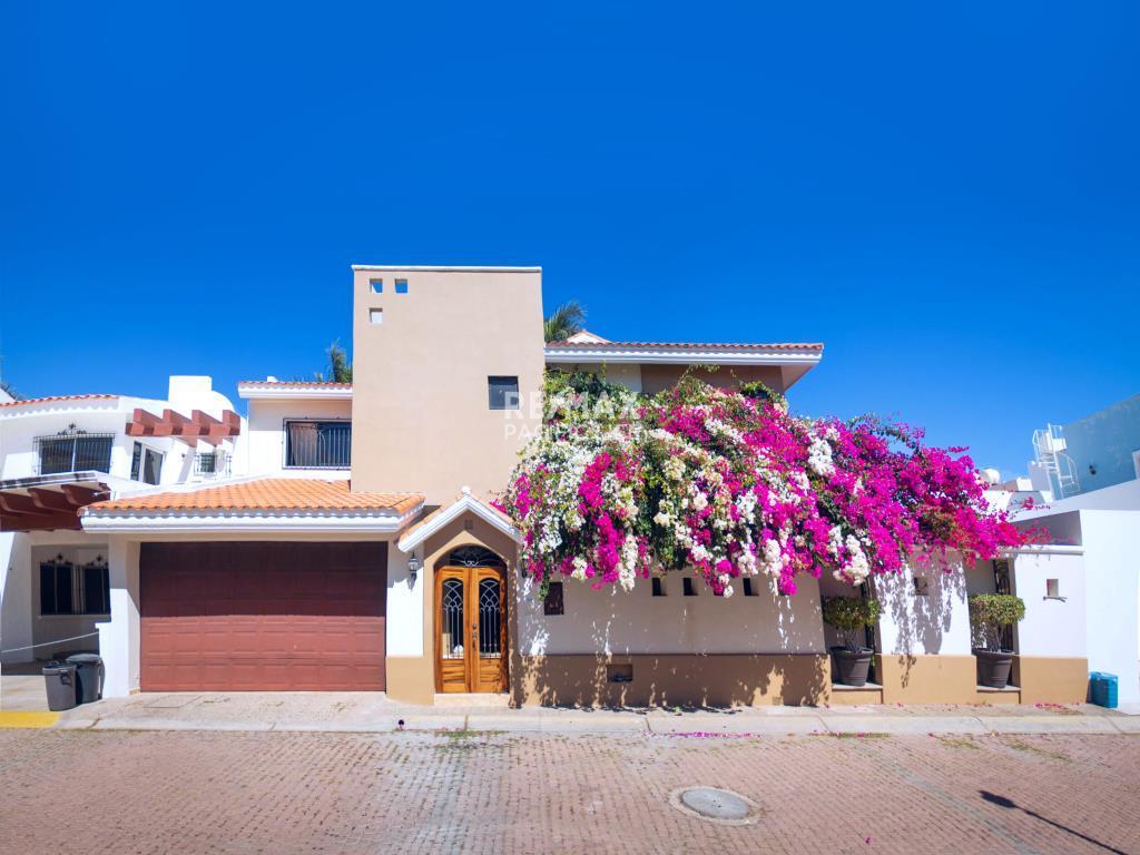 Casa en Venta en el Dorado, Mazatlán